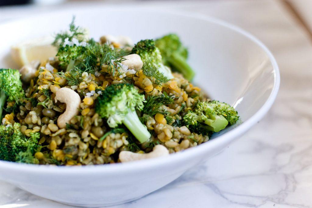 תבשיל עדשים, אורז מלא וברוקולי
