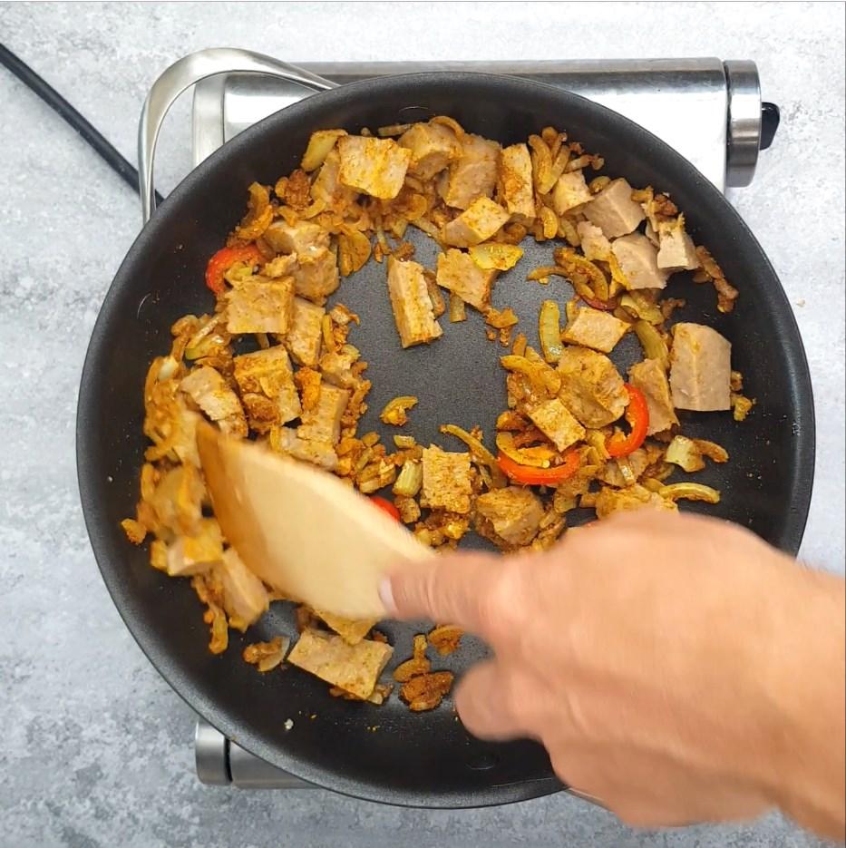 תבשיל קארי טבעוני